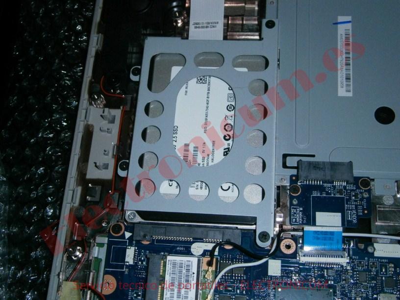 cambiar disco duro Lenovo Ideapad 2500