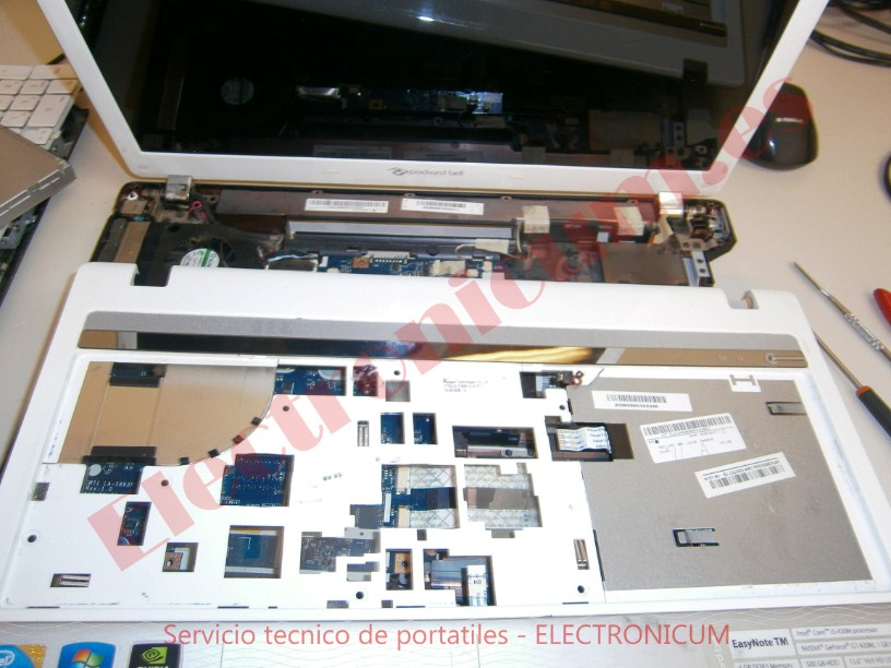desmontar Packard Bell NEW91