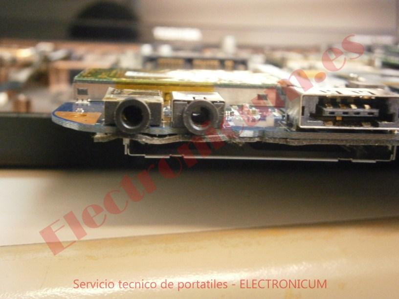 conectores Toshiba Satellite A500