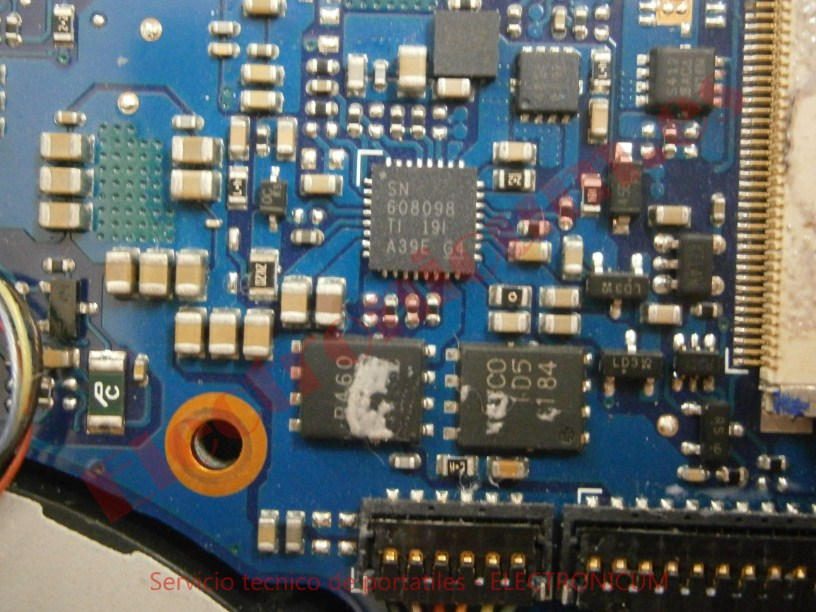 cortocircuito reparar  Sony Vaio PCG-4121GM