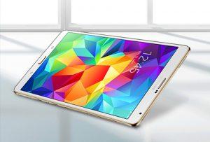 La nueva tableta Samsung Galaxy Tab S posee 6.6 milímetros de grosor lo que la hace ser más ligera y fina.
