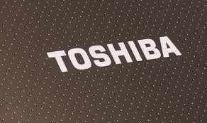 Toshiba lanzará ultrabook touch convertible en tableta.