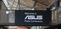 Asus presenta dos modelos de portátiles en el IFA 2014 en Berlín.