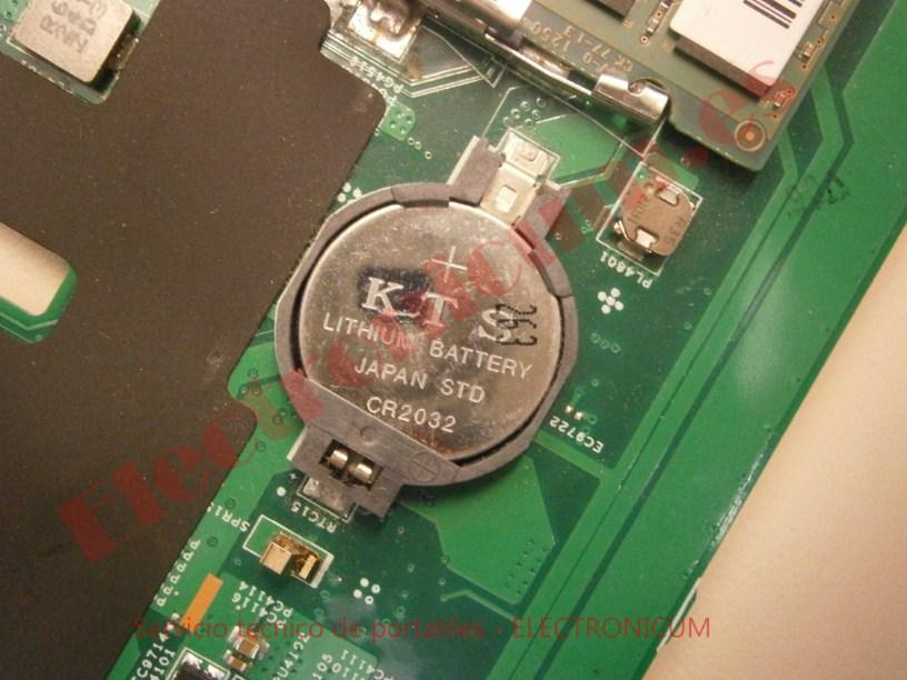 CR2032 Lenovo B590