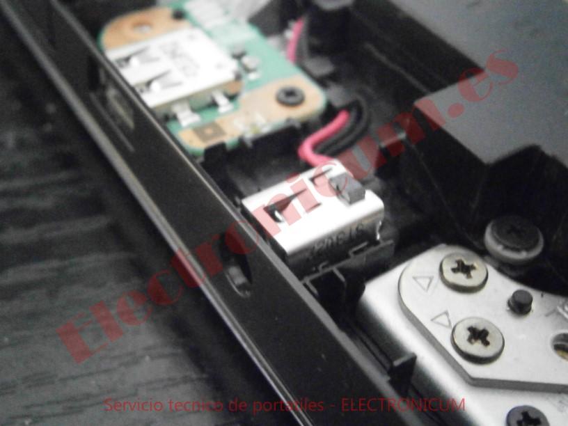 cambiar dc jack Toshiba S855