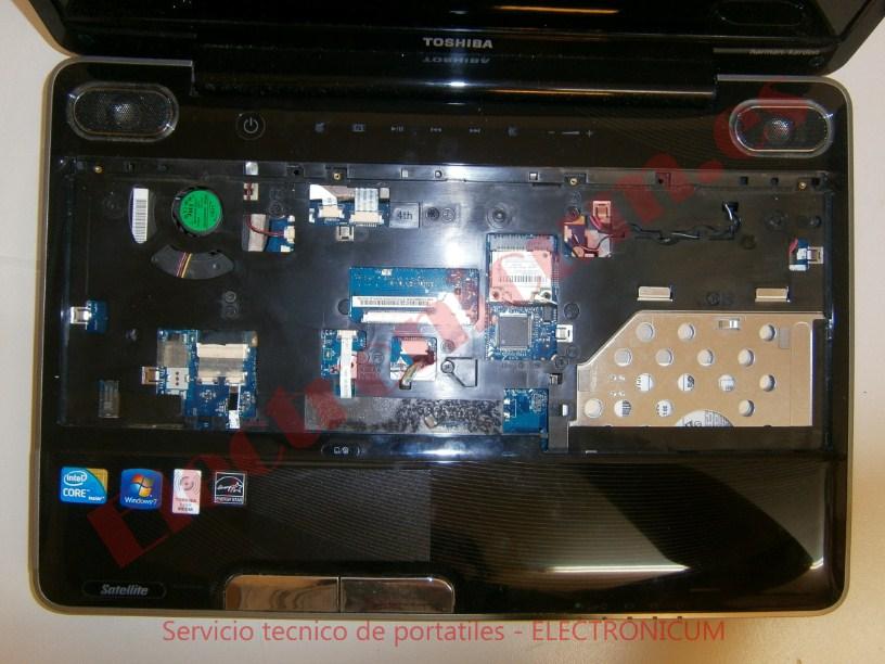 desmontar Toshiba Satellite A500