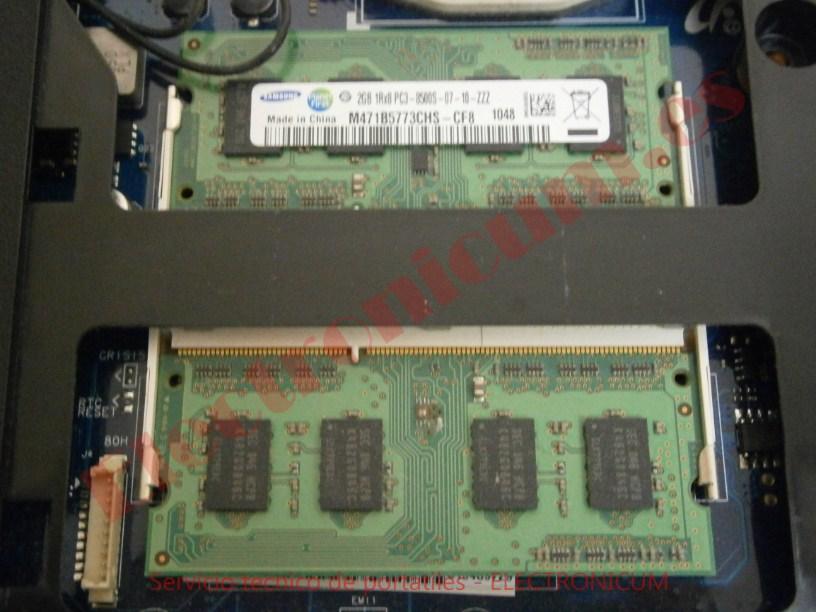 cambiar memoria Samsung R540