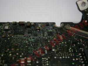 donde reparar macbook pro mojado