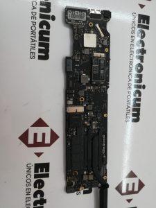 Donde reparar MacBook Air mojado 2